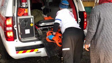 """Photo of צוות מד""""א חילץ יולדת שנקלעה לשלולית ענק ולא הצליחה להגיע לבית החולים, לאחר שהחלה כבר בתהליך הלידה"""