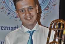 Photo of מילן ליחוקון, תלמיד מרכז המוזיקה העירוני בקרית אתא זכה במקום הראשון בתחרות ארצית לנגנים צעירים