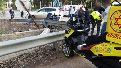 Photo of רוכב אופנוע התנגש בעוצמה בגדר בטיחות בכביש 8510 בסמוך לנהריה. מובהל לבית החולים. עומסי תנועה במקום