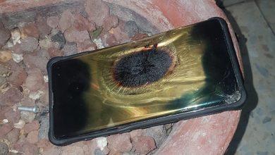 Photo of שריפה בדירה בקריית שמואל בחיפה אמש. הסיבה: הנייד שהיה מחובר למטען החל להתלקח