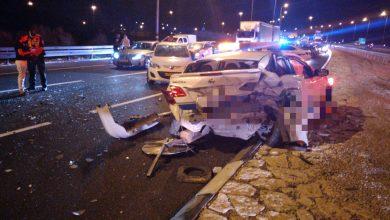 Photo of תאונת דרכים קשה הלילה סמוך לצומת יגור: רכב פרטי פגע בעוצמה בשני פועלים שעבדו בכביש. בן 50 פצוע אנוש והשני פצוע קשה