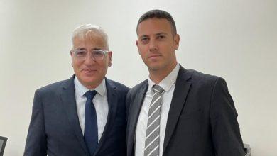 עציוני ושגריר ישראל בדובאי. צילום פרטי